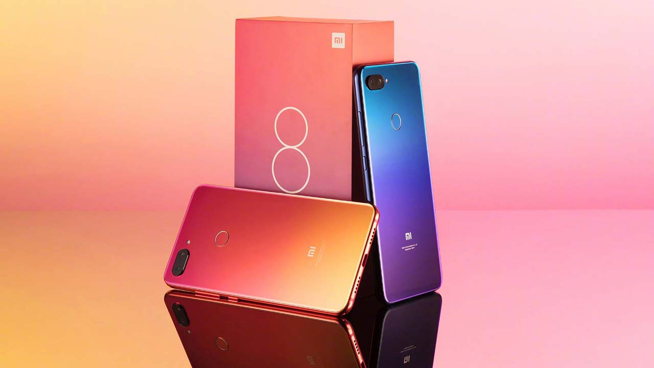 The Xiaomi Mi 8 Pro is the 128 GB version of the iPhone