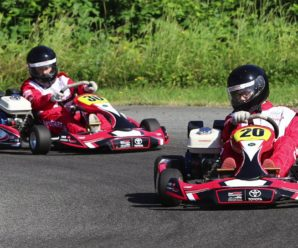 How to drive a kart?