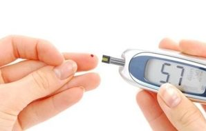 How to deal with hypoglycemia?