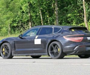 The Porsche Taycan Cross Turismo has nothing to hide